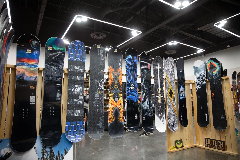 Best Snowboard Pants 2020 2020 Winter Snowboard Gear Preview   Sneak Peak | evo