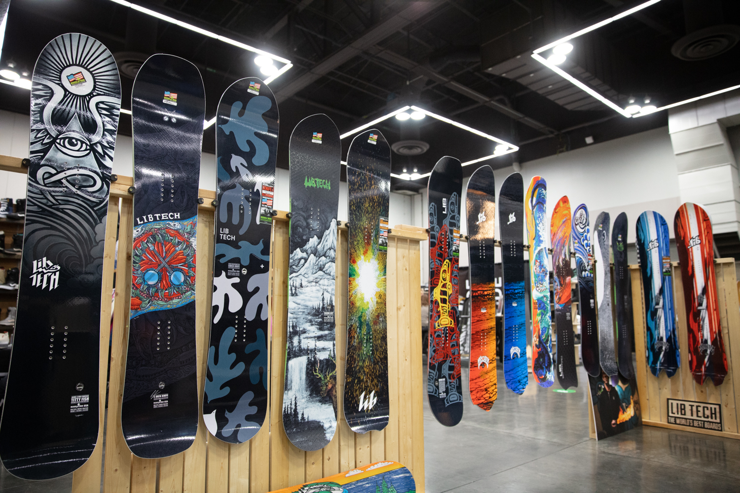 Best Snowboards 2020.2020 Winter Snowboard Gear Preview Sneak Peak Evo