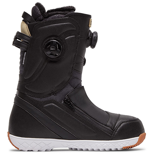 The best 2021 women's snowboard boots
