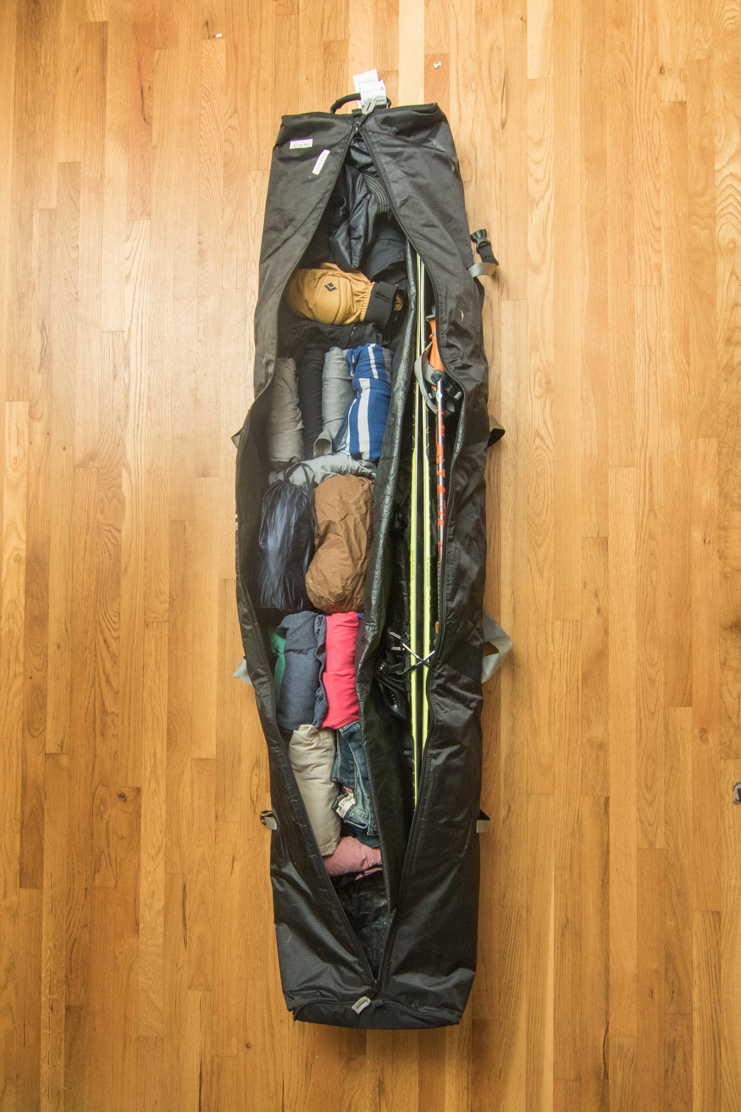 Tips for Flying with Skis & Snowboards & Airline Baggage