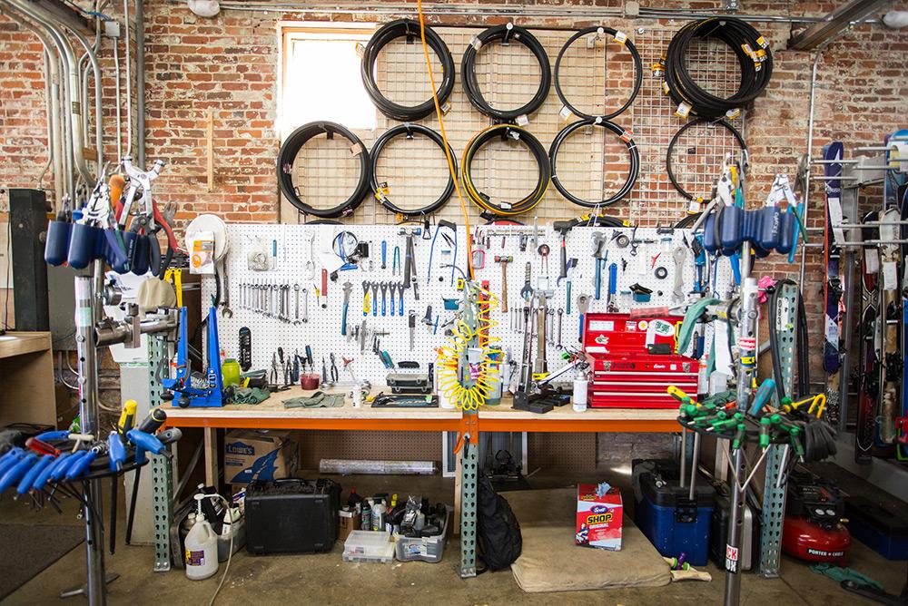 Denver Bike Service, Tuning and Repairs - Mountain & Road | evo