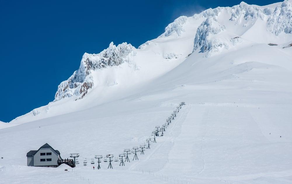 Timberline Lodge Skiing Amp Snowboarding Resort Guide Evo